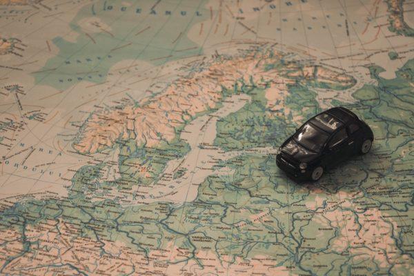 9 ponturi pentru inchirierea masinii care iti vor aduce economii